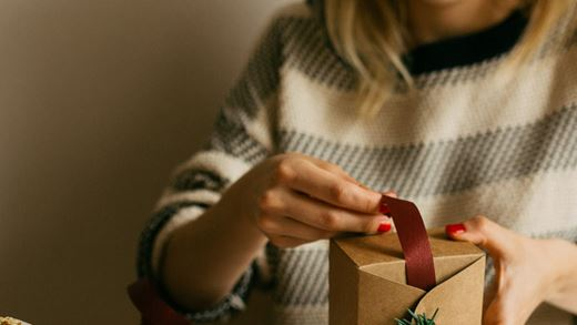 5 ways to enjoy Christmas without overspending